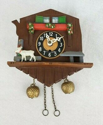 Vintage Zur Beachtung German Cuckoo Clock Small Wall Hanging Wind Up