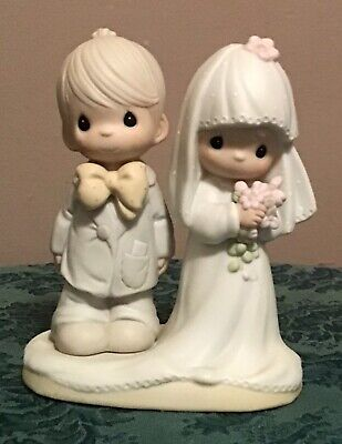 """Precious Moments Porcelain Bride Groom """"The Lord Bless You And Keep You"""" 1992"""