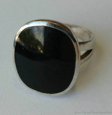 Estate Jewelry Ladies Onyx Ring .925 Sterling Silver Size 6