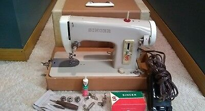 Vintage Singer 293B Sewing Machine