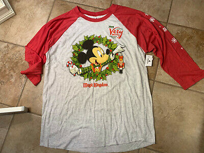 Disney Parks Mickey's Very Merry Christmas Party 2018 Unisex T-shirt Large W25