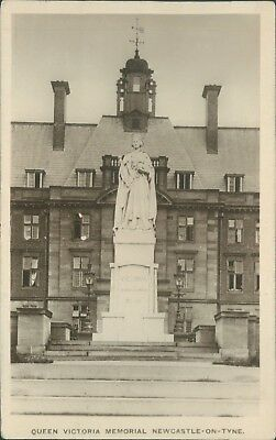 Newcastle on tyne; Queen victoria memorial; 1918; WHS&S