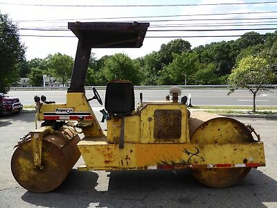 2000 Ferguson 46A Static Drum Roller, 1,097 Hours