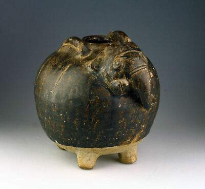 *SC* KHMER POTTERY LIME POT IN THE SHAPE OF AN ELEPHANT, c. 12th-13th Cent.