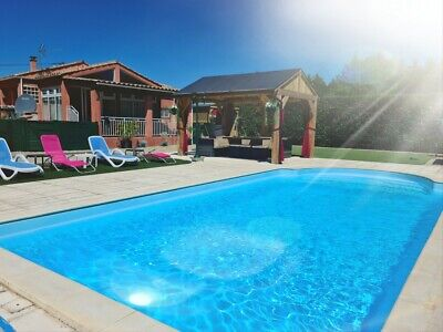 South france Holiday villa Nr Carcassonne - sleeps 6 with private Heated  pool