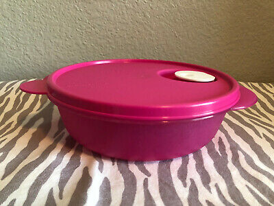 Tupperware Divided Microwave Dish Cookware with Vented Seal Fuchsia 4 Cups New
