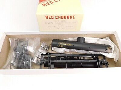 HO Scale Red Caboose Kit RC-3001-11 UTLX Union Single Dome Tank Car #85389 Model