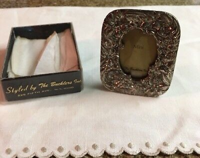 """The Bucklers Inc. Vintage Mini Metal Floral Picture Frame 2 3/4"""" X 2 1/4"""" W Box"""