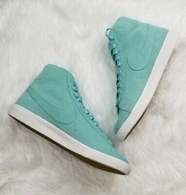 huge discount a4041 0a539 Nike Blazer Mid Sneakers Suede Island Green Women s Size 8 Youth Size 6.5