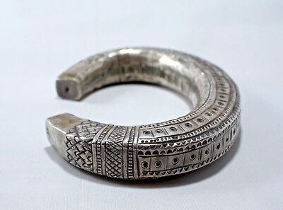 Asian Old Hill Tribe Sterling Cuff Bracelet Vintage Antique Shan Tribe 60 grams