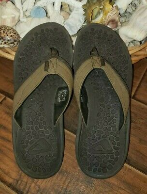 6ee9e1ca8572 Men s Reef Pebbled Sole Brown Sandals Size 11