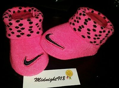 NEW NIKE AIR BABY GIRL NEWBORN INFANT BOOTIES PINK AND WHITE DOTS 0-6M