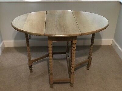 Occasional Table - Oak - Antique Cottage Style Turned Leg
