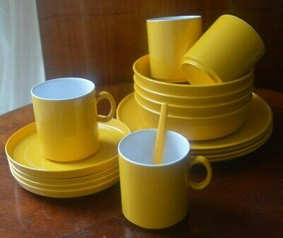 Gaydon encore vintage 17 piece picnic camping set yellow melaware 1960s or 1970s