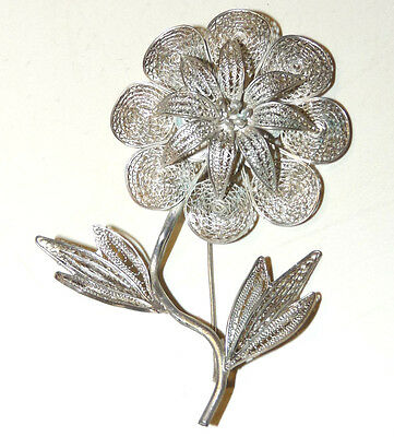 Beautiful Vintage Silver Filigree Flower Brooch/Pin  FF36*