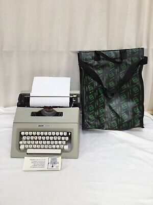 Vintage Olivetti Lettera 25 Typewriter with Carry Case and Manual Working Order