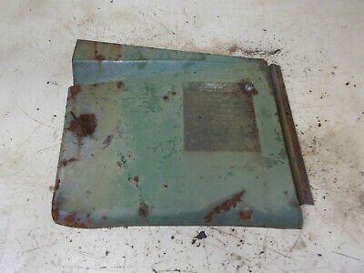 John Deere M battery door cover AM957T