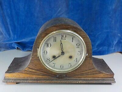 Vintage Oak Striking Mantle Clock  [1026]