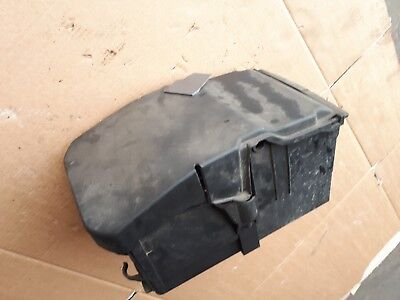 2009 Ford Focus mk2 2.0 TDCI - BATTERY BOX / TRAY & COVER