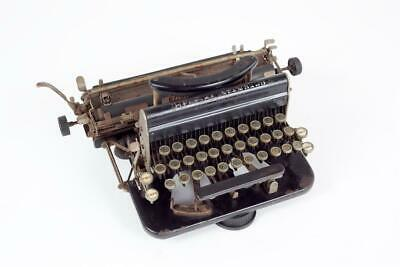 "Vintage ~ c1919 ~ ""Imperial Portable Model Type D"" Typewriter"