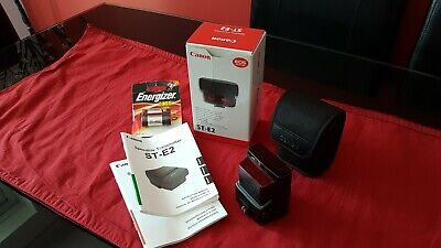 Canon st-e2 speedlite transmitter with case. Boxed, instructions and batteries
