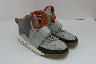 7fa340099 Size 8.5 M Nike Air YEEZY 1
