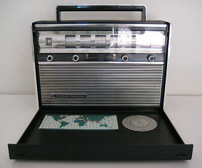 Vintage National Panasonic R-3000 shortwave radio receiver from 1965