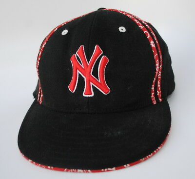 fa2e2772fd431 NEW YORK YANKEES MLB Baseball Cap Hat YOUTH One Size Stretch Fit Flat Bill
