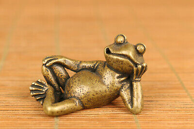 Rare old bronze hand carving frog figure statue netsuke noble gift