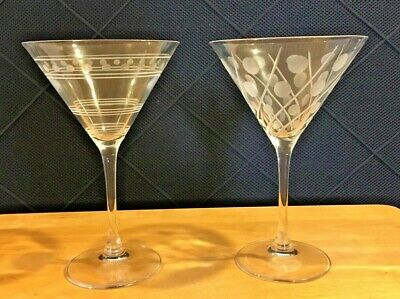 Set of 2 Etched Glass Swirl/Line/Dot Barware Martini Wine Cut Stems Clear  WS1