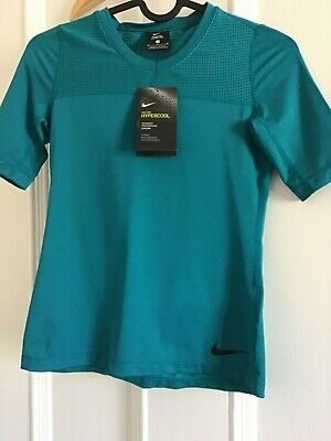 Girls NIKE Pro Hypercool Top. Size Medium Youth age 10-12 yrs. 832692-467
