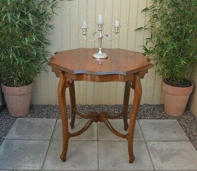 Pretty French Antique Side Table Plant Stand Hall Flower Table Cabriole Legs
