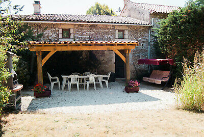 Holiday Cottage/Gite/House with heated pool in South West France (6 people)