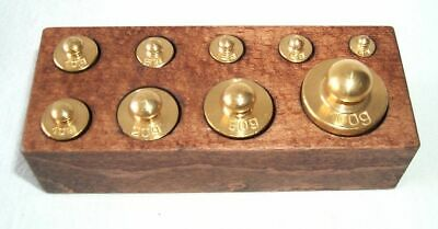 G29: Brass Weight Set 1g - 100g in Wooden Base,Pharmacist Weights,Uncalibrated