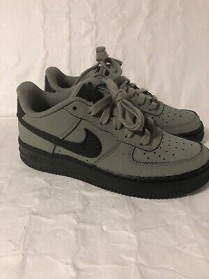 pretty nice 0c056 b3aab Nike Air Force 1 Low LV8 Olive Black Kids GS Youth Size 4 Sneakers 596728-