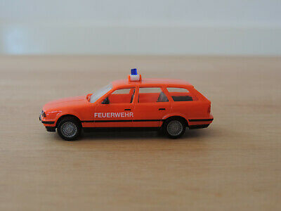 BMW 525i touring (E34/5) tagesleuchtrot Feuerwehr * 1:87 Herpa