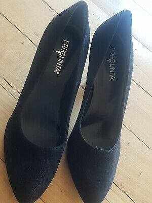 Pergunta Womens Block heel Pump Shoe (Size 40).Italy made and in Good condition