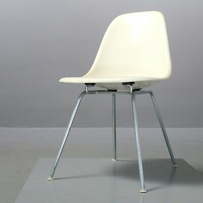 Vintage Fiberglass Sidechair Charles & Ray Eames Vitra Herman Miller parchment