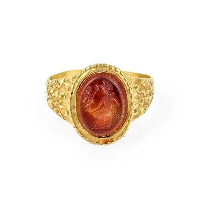 Early 22k Carnelian Intaglio Ring of Jupiter Holding Victory