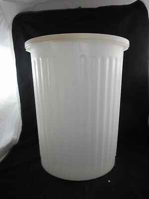 "VWR Plastic Autoclavable Biohazard Container 15-1/2"" Diameter 19-1/2"" H with Lid"