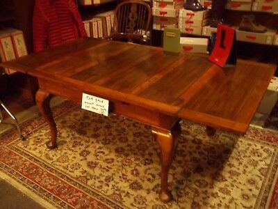 Antique Victorian/Edwardian Walnut Draw Leaf Table Seats 8 With Carved Legs