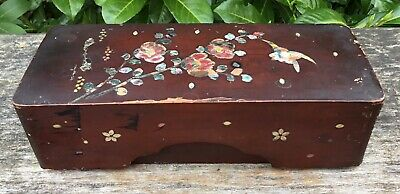 Old Vintage Antique Lacquered Wood & Inlaid Mother Of Pearl Keepsake Trinket Box