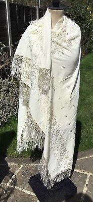Vintage Chinese Cantonese Macrame Edge Cotton Embroidered Piano Shawl Cloth 9