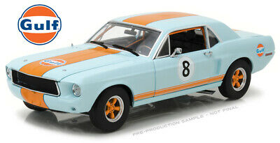 Greenlight Collectibles 12989 1:18 Gulf Oil - 1967 Ford Mustang Coupe