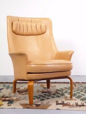 one Pilot T184 Leather chair Norell Mobel AB design Arne Norell 1967