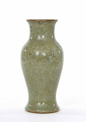 1900's Chinese Guan Type Celadon Crackle Porcelain Vase Chocolate Rim