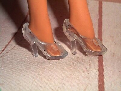 BARBIE * CLONE * CLEAR GLASS CINDERELLA SLIPPERS SHOES for Vintage & Modern Feet