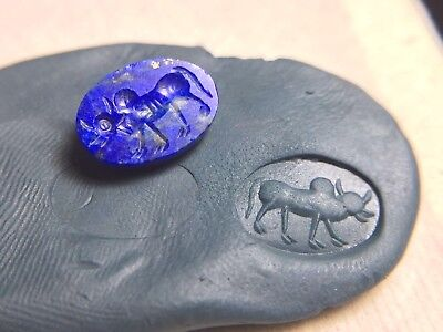 Original Neat Detail Antique Gold Fleck Lapis Ox Cow Bull old Bead Crest Stamp