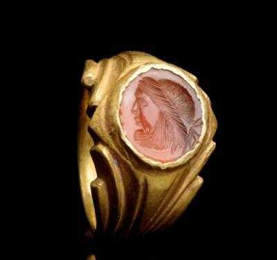 Roman solid gold ring with engraved gemstone: 2nd-3rd century AD.