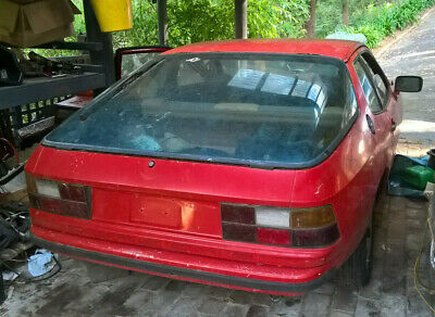 PORSCHE Sports Car Manual Guards Red project 924 944 project 911 986 928 s